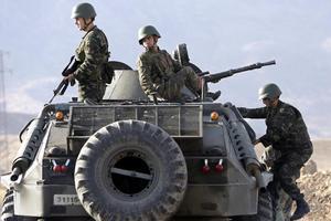 ΤΟΥΡΚΟΙ ΣΤΡΑΤΙΩΤΕΣ PKK