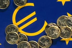 Αποτυχία της δημοσιονομικής προσαρμογής «βλέπει» το Ινστιτούτο Εργασίας της ΓΣΕΕ