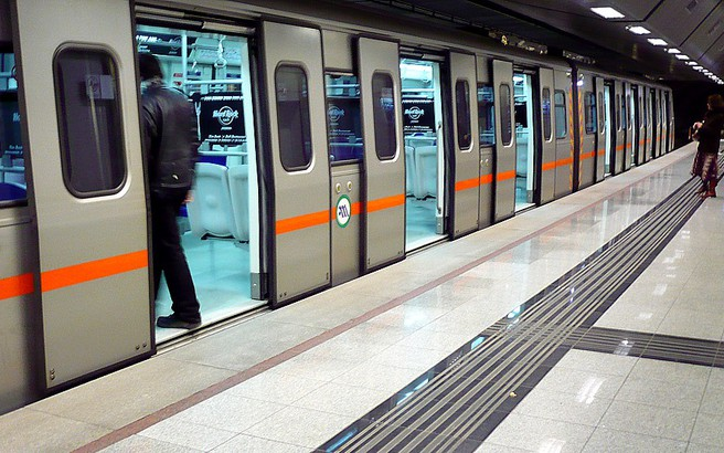 Ξυλοδαρμός ελεγκτών του μετρό στην Ομόνοια