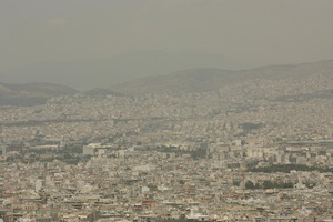 Αυξημένες οι τιμές του όζοντος στην ατμόσφαιρα της Αθήνας