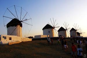 «Τουρκική» επέλαση στα νησιά