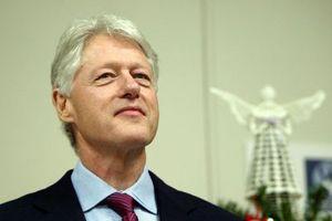 «Ο Μπιλ Κλίντον διάβαζε Κάμα Σούτρα σε ένα κατάστημα με είδη δώρων»