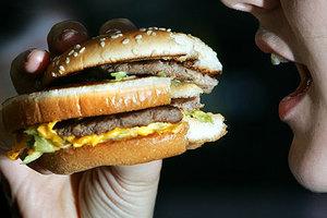 Πώς η McDonald's επιδιώκει να μειώσει τα κόστη και να αυξήσει την παραγωγή