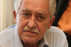 Άρση της επίταξης ζητά ο Κουβέλης