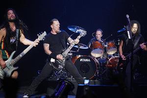 Ποιος παλιός ποδοσφαιριστής και τωρινός προπονητής είδε τους Metallica;