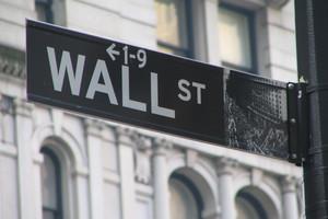 Oριακή άνοδος για τον Dow Jones στη Wall Street