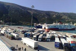 Θανάσιμος τραυματισμός οδηγού φορτηγού στο γκαράζ του πλοίου «Sorrento»