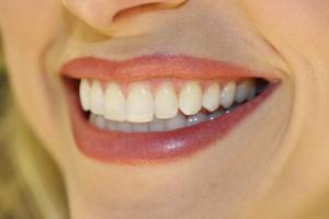 ραντεβού χωρίς δόντια απάτες μέσω ηλεκτρονικού ταχυδρομείου ιστοσελίδες γνωριμιών