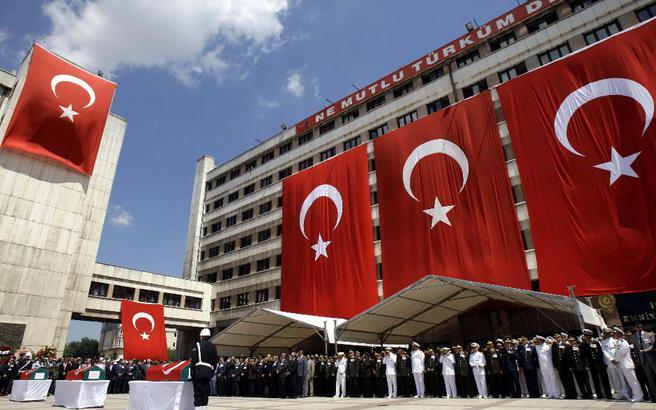 Πολιτικός της Τουρκίας απειλεί την Κύπρο με απόβαση