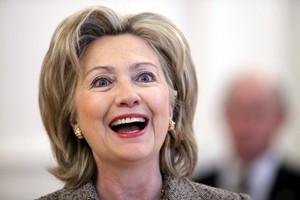 Το «όνειρο» της προεδρίας εγκαταλείπει η Χίλαρι