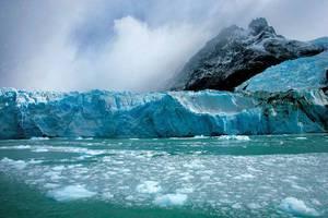 Ανθεκτικοί οι παγετώνες της Γροιλανδίας