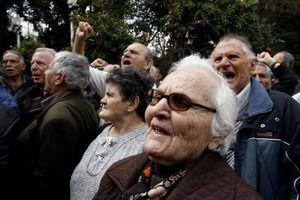 Στο ΣτΕ προσέφυγαν σύλλογοι συνταξιούχων