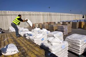 Νέο φορτίο ανθρωπιστικής βοήθειας από τη Λιβύη στη Γάζα