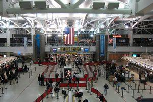 Αυξάνονται τα μέτρα ασφαλείας στις αερομεταφορές