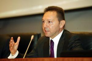Στην Επιτροπή Ανταγωνισμού ο Γ. Στουρνάρας