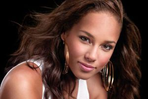 Η Alicia Keys στο πλευρό των παιδιών με HIV