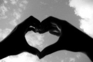 Εθισμένοι στη ρομαντική αγάπη