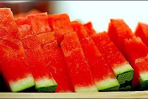 Δροσιστείτε με 5 τροφές που περιέχουν νερό