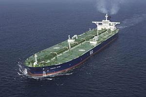 Επιβάλλεται φόρος στο τονάζ των πλοίων