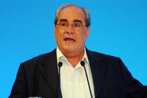 «Προσπαθούμε να εξασφαλίσουμε τη μισθοδοσία των εργαζομένων»