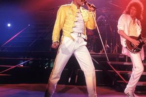 Γίνε Freddie Mercury για μία μέρα