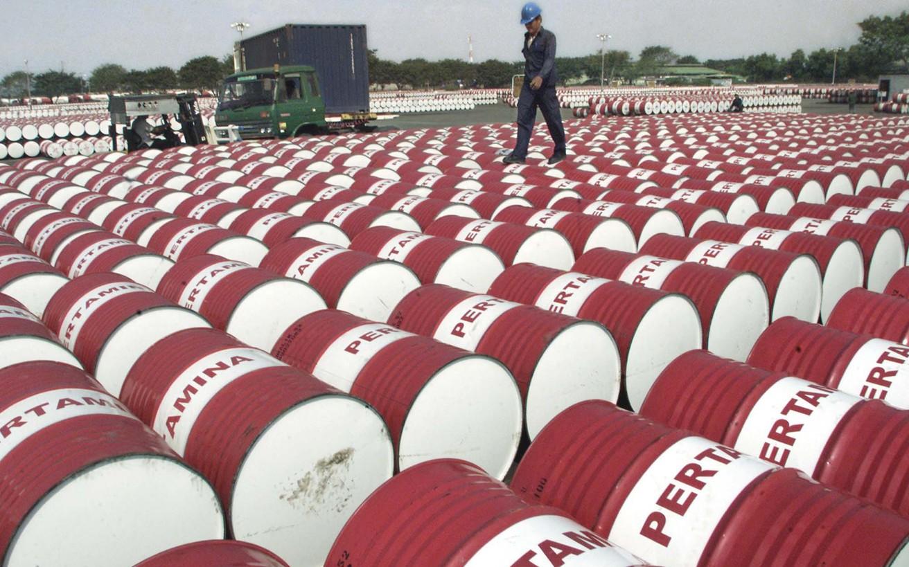 Πάνω από τα 80 δολάρια το βαρέλι το πετρέλαιο λόγω… Βενεζουέλας