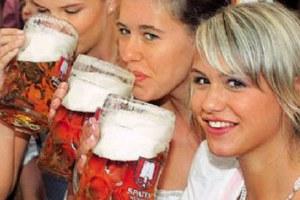 Το ρίχνουν στην μπίρα λόγω κρίσης