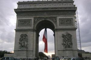 Νίκη της αριστεράς θέλουν οι Γάλλοι