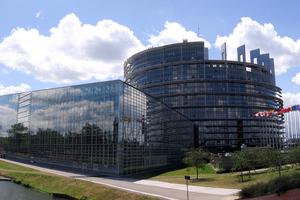 Στις ελληνικές εκλογές στρέφεται το ενδιαφέρον της Ε.Ε.