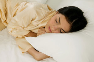 Οι λίγες ώρες ύπνου σύμμαχος του κρυολογήματος και των λοιμώξεων