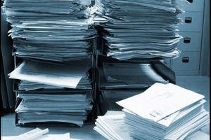 Παλεύοντας με το «τέρας» της γραφειοκρατίας
