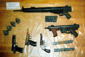 Οπλοστάσιο το σπίτι του 23χρονου με τα 80 κιλά κοκαΐνης