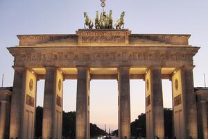 Ανάπτυξη κάτω από 1% στη Γερμανία το 2012