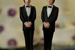 Απόψε τα μεσάνυκτα πραγματοποιείται ο πρώτος νόμιμος γάμος ομοφυλοφίλων στη Βρετανία