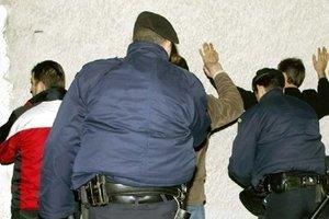 Σύλληψη λαθρομεταναστών και ενός διακινητή