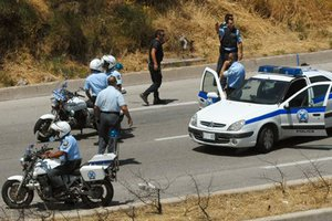 Επεισοδιακή καταδίωξη στην Εγνατία για διακινητές μεταναστών