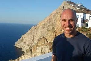 O ΓΙΩΡΓΟΣ ΑΜΥΡΑΣ, υποψήφιος για το Δήμο Αθηναίων απαντά στο newsbeast.gr