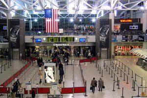Ακυρώθηκαν πτήσεις προς τρία αεροδρόμια της Νέας Υόρκης
