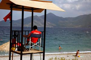 Νεκρός ανασύρθηκε ένας 67χρονος από θάλασσα της Χαλκιδικής