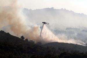 Έχει οριοθετηθεί η πυρκαγιά στη Σάμο