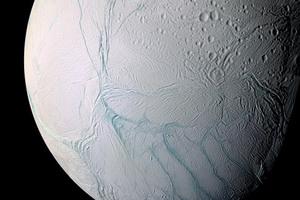 Παγωμένη Θάλασσα η Σελήνη
