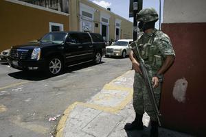 Το 10% των μεξικανών αστυνομικών θα αποπεμφθούν
