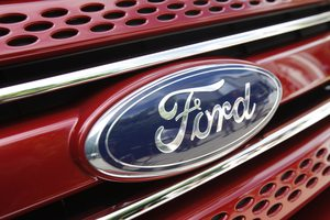 Η Ford λανσάρει τους αερόσακους στις ζώνες ασφαλείας