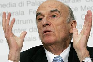 Παραιτείται τον Οκτώβριο ο Ελβετός υπουργός Οικονομικών