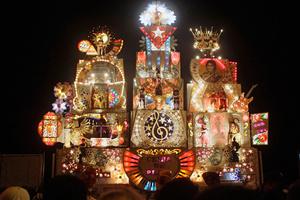Φαντασμαγορικό το καρναβάλι της Αβάνας