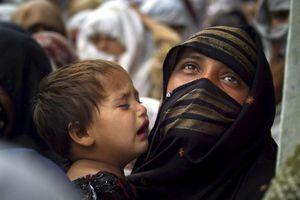 Νεκρά 62 παιδιά στο Πακιστάν από υποσιτισμό και έλλειψη φαρμάκων