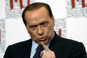 «Παύει να ισχύει η απαγόρευση του εκλέγεσθαι για τον Σίλβιο Μπερλουσκόνι»