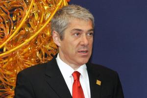 Διαψεύδει τις πληροφορίες για πιέσεις ο Πορτογάλος πρωθυπουργός