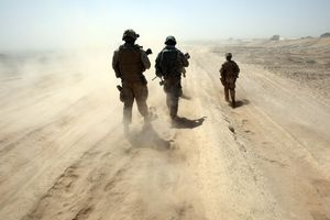 Με αντίποινα απειλεί το Ισραήλ
