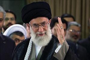 Με αντίποινα απειλεί ο πνευματικός ηγέτης του Ιράν